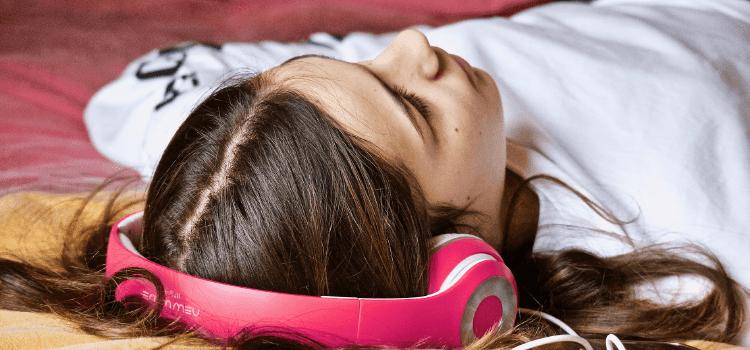 Apprendre l'anglais en dormant : est-ce possible ?